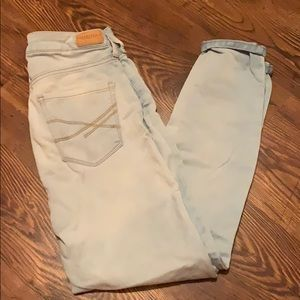 LIGHT WASH HIGH WAIST SKINNY JEANS!!!